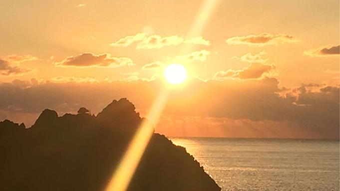 【気軽にグループ旅行】4名様上限定 夕陽の見えるお部屋確約!四季の佐渡旅行(朝食付)