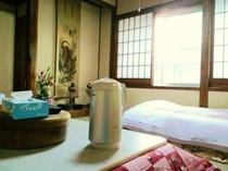 部屋ふわふわの羽毛布団でお休みください