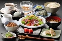 特別料理:朝食:和食(朝取り野菜と庭先たまご付き)