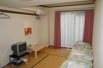 1階奥の部屋カーテン