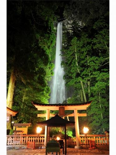 日本一の名瀑 那智の滝 ライトアップ