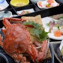 竹崎蟹をほおばって下さい
