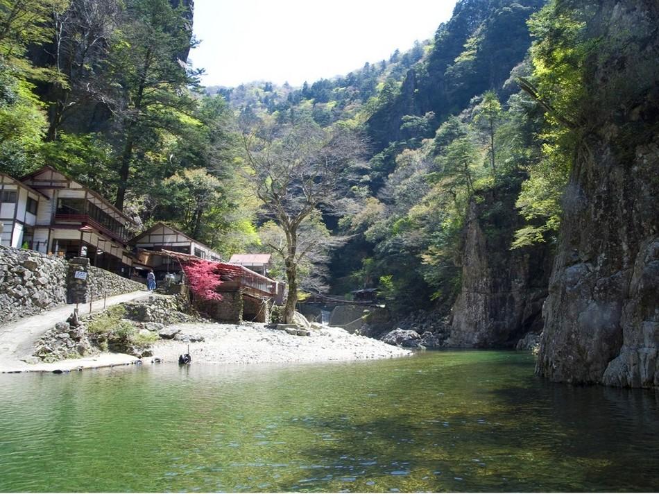 黒淵荘(食事処)