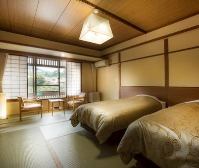 【12畳和室ベッドタイプ】ゆったりツイン