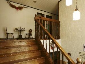 館内・階段