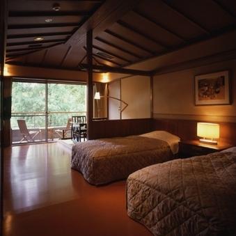 車イスのまま入室可能な露天風呂付き客室【バリ風のお部屋】