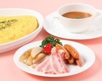 朝食(ベーコン・ポテト・スープ)