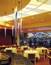 レストラン ディナー