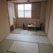 和室8畳【ご家族やグループでのお泊りに♪】