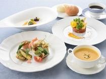 フレンチレストラン「ロジェ」料理イメージ(メイン魚料理)