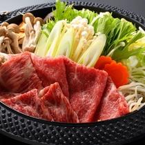 季節の旬野菜と長崎和牛A5ランクの特製牛鍋