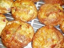 チーズとベーコンのパン