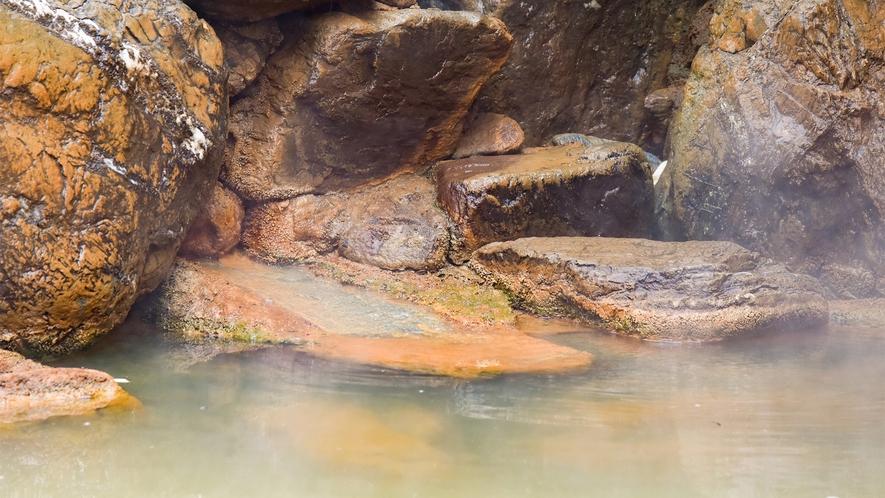 *【大浴場】ながめの湯(露天風呂付)※黄金の湯を源泉かけ流し※
