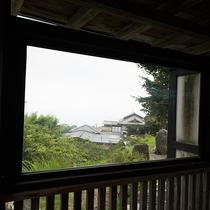 *貸切半露天一例『夏の湯』からの眺望。