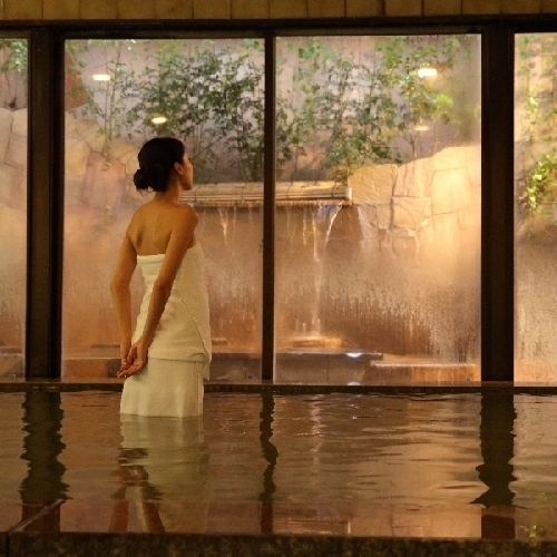 【天然温泉大浴場】 三蔵温泉 にごり湯の天然温泉です