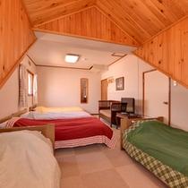 *洋室5ベッド(客室一例)/ファミリーやグループでのご宿泊に◎やさしい木のぬくもりに癒されて。