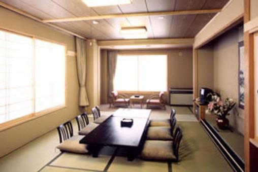 別館和室12畳+3畳BT付