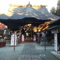 【観光】安産祈願での参拝が多い産泰神社はお車で約30分です。