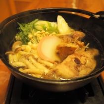 季節替わりの創作料理(メインの赤城地鶏のコラーゲン鍋)