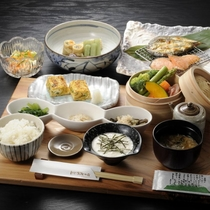 ※別館でお部屋食プランの場合は、お料理が通常よりグレードアップされます。(画像は朝食イメージ)