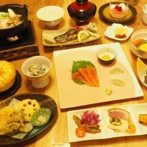【ご夕食】季節替わりの創作料理、和が中心ですが洋のものもお出しします。(画像はイメージ)