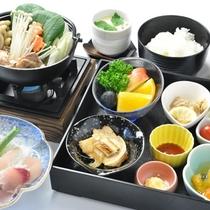 【ご夕食】小学生のお料理は大人に準じた内容となります。(画像はイメージ)