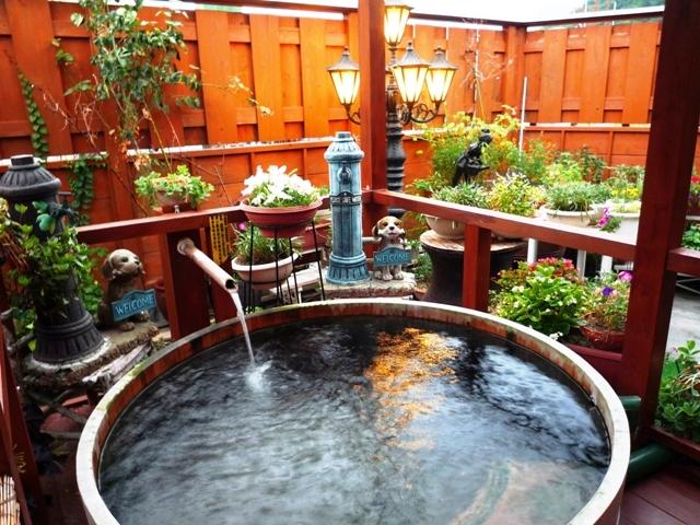 ガーデンテラス付き 貸切り露天樽風呂