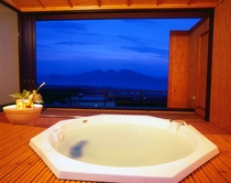 貸切展望風呂「美しの湯」