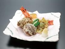 別注料理 山海幸の天ぷら(一例) ご注文は3日前までにお願いいたします。