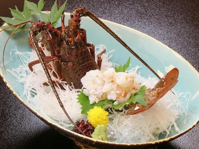 別注料理 伊勢海老のお造り(湯引き)ご注文は3日前までにお願いいたします。