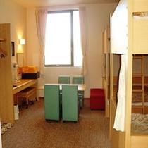 【2段ベッド3台】
