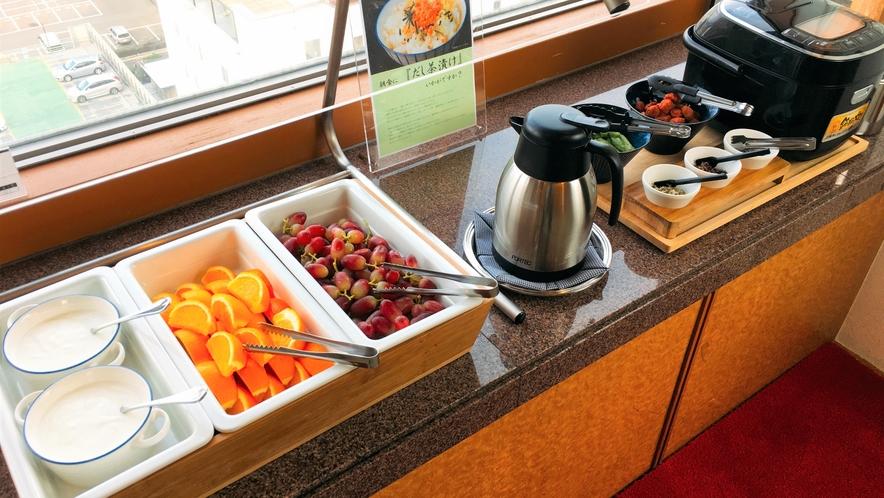 朝食:ビュッフェコーナー