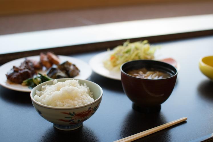 懐石料理人の長野食材を使った和食中心の手作り朝食!