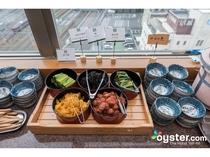 朝食 野沢菜など漬物コーナー