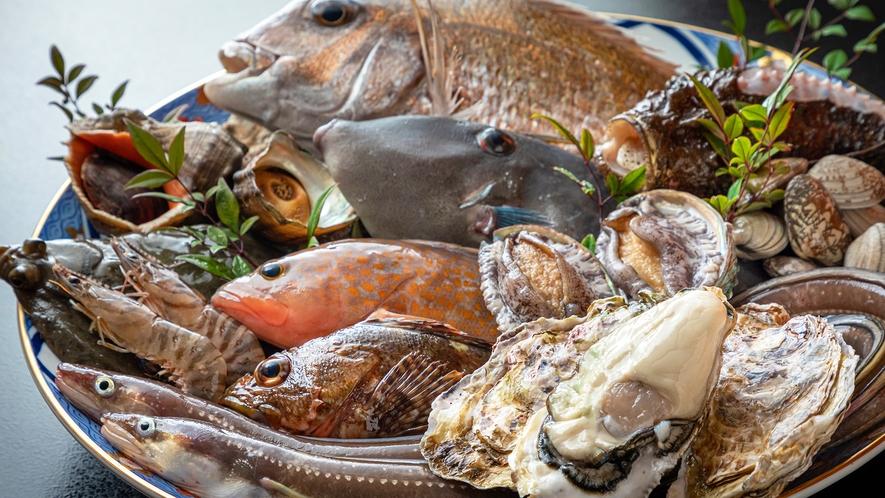 瀬戸内で獲れる魚介を毎朝仕入れています。