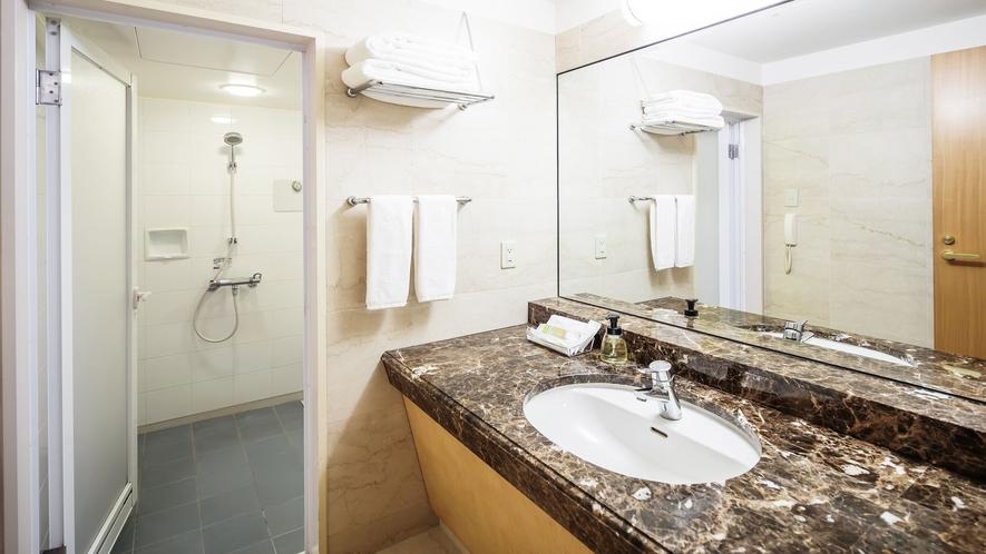 デラックストリプル キャッスルビュー バスルーム