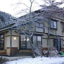 冬の外観(新館)