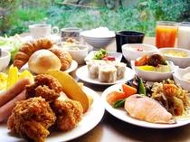 がっつり朝食食べ放題!