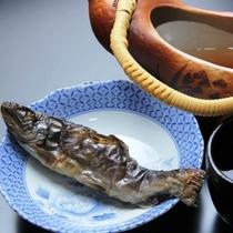 夕食別注料理_岩魚の骨酒
