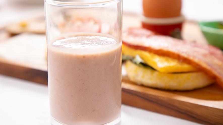 カッフェルの新しい洋朝食♪ベリースムージー