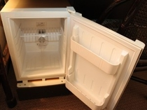 冷蔵庫(お持込み専用の空冷蔵庫です)
