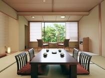 赤松など静かな自然が満喫できる松林側和室