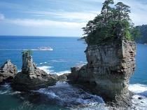 ホテルから約30分ほど 三陸ジオパーク・ジオポイント「山王岩」(宮古)