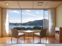 雄大な陸中海岸の景観が満喫できる海側和室10畳
