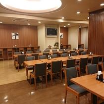 朝食レストラン(平日 6:45~9:00 土曜・日曜・祝日6:45~9:30)