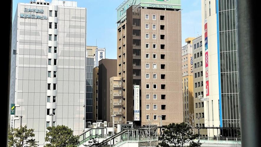 博多駅二階通路よりホテル方面