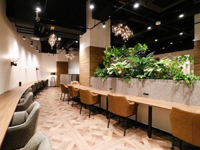 【本館2階・THE HUB】ユニークなインテリアと開放的な空間が自慢のワークスペース(有料)