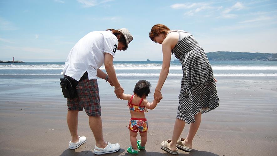 「徒歩8分で海水浴場」海デビューの聖地宇佐美海水浴場は遠浅で小さなお子様連れでも安心