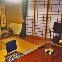 *和室7.5畳(トイレ付)/カップルやファミリーでのご宿泊に◎畳のお部屋で団欒のひと時を。