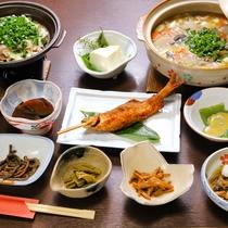 *お夕食一例/新鮮な食材を煮込んだお鍋と、上州の自然豊かな場所で育まれた食材のお夕食です。